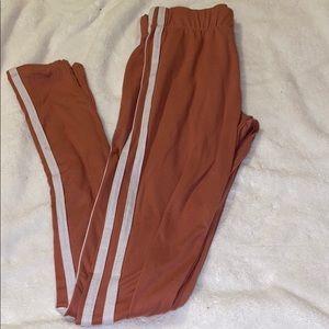 Light pink double striped leggings